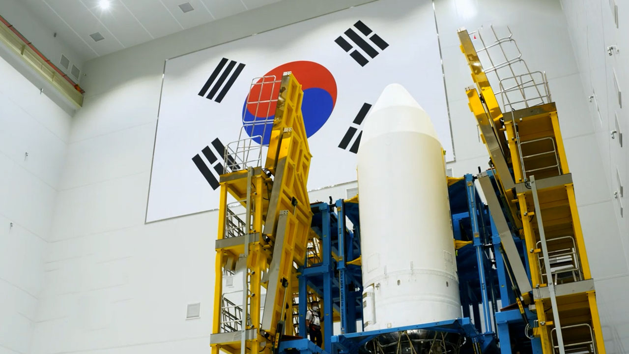 [Behind the scenes] Arirang crew covering launch of S. Korea's first homegrown rocket Nuri