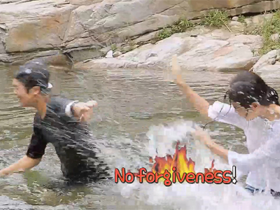 Tour vs Tour Ep8C6 Benji and Lydia play in water in the beautiful valley of P...