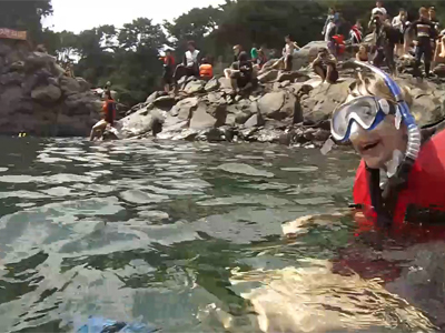 Tour vs Tour Ep12C7 Benji, Tina, Joel and Maria enjoy a snorkeling at Hwanguj...