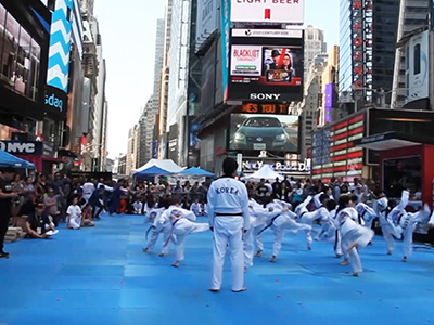 Going Global _ Taekwondo in Times Square _ Ep74