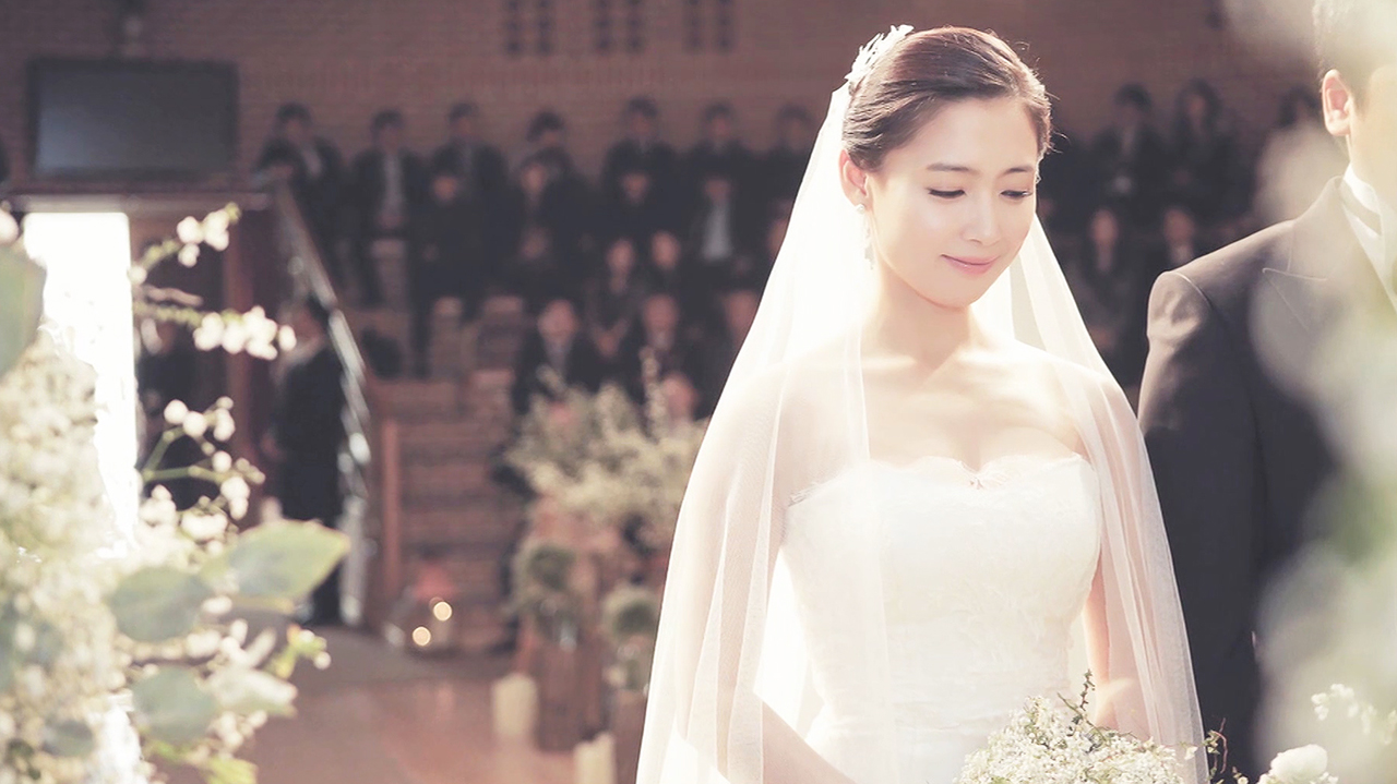 [Showbiz Korea] Stars who gained even more fame after marriage and childbirth!