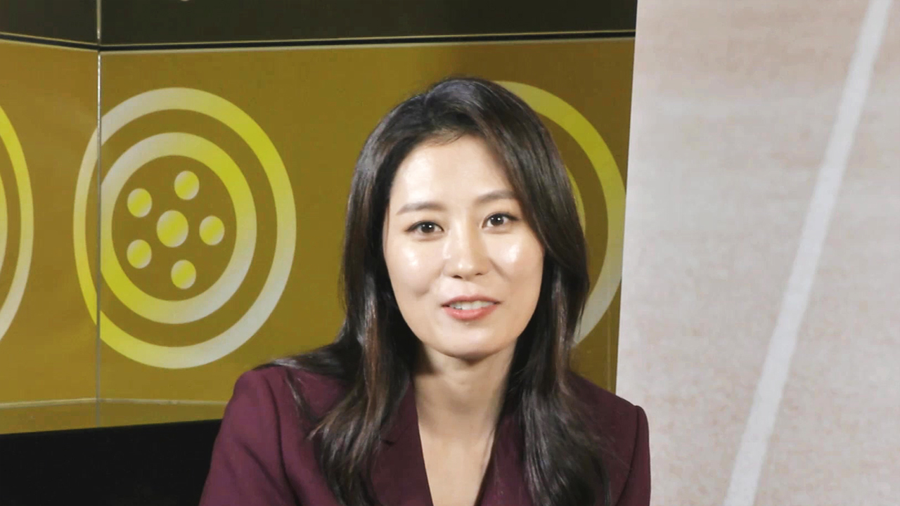 [Showbiz Korea] Moon So-ri interview