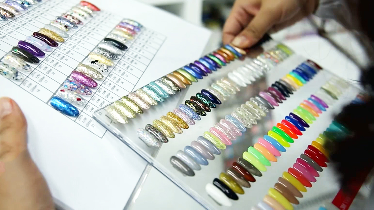 [SmartBiz Accelerators] TRISHA, making of various types of nail colors and nail art items