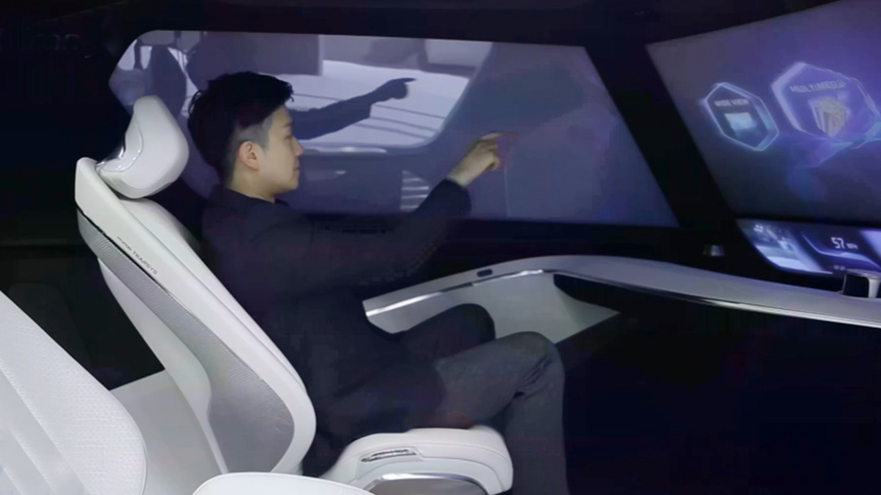 Connectivity, core of autonomous driving