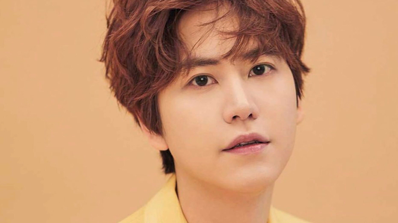 SUPER JUNIOR'S KYU-HYUN (규현, 슈퍼주니어) COMPLETES HIS MILITARY DUTIES