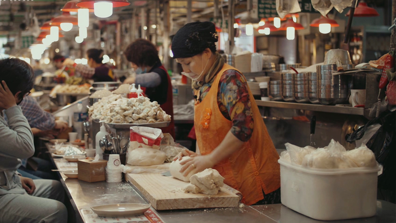 Ep.11 [KOREAN WAR | 70TH ANNIVERSARY] Korean Food Shaped by History - Part 2. Popular 'Everyman' Food