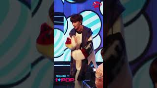 [Fancam/직캠] Hyunjin(현진) _ Stray Kid(스트레이키즈) _ Get Cool _ Simply K-Pop _ 113018