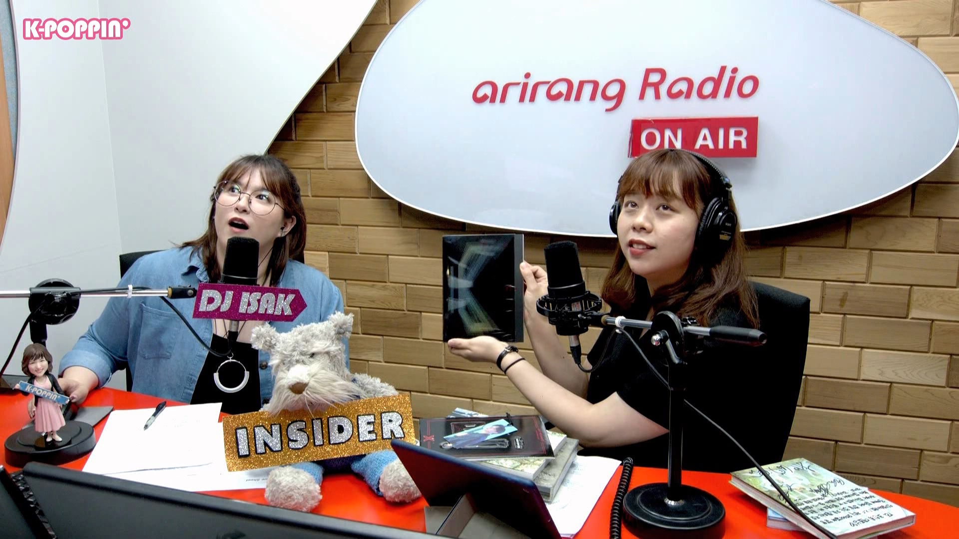 [K-Poppin'] INSIDER with Designer of printed materials 조인옥 Cho In-Ok