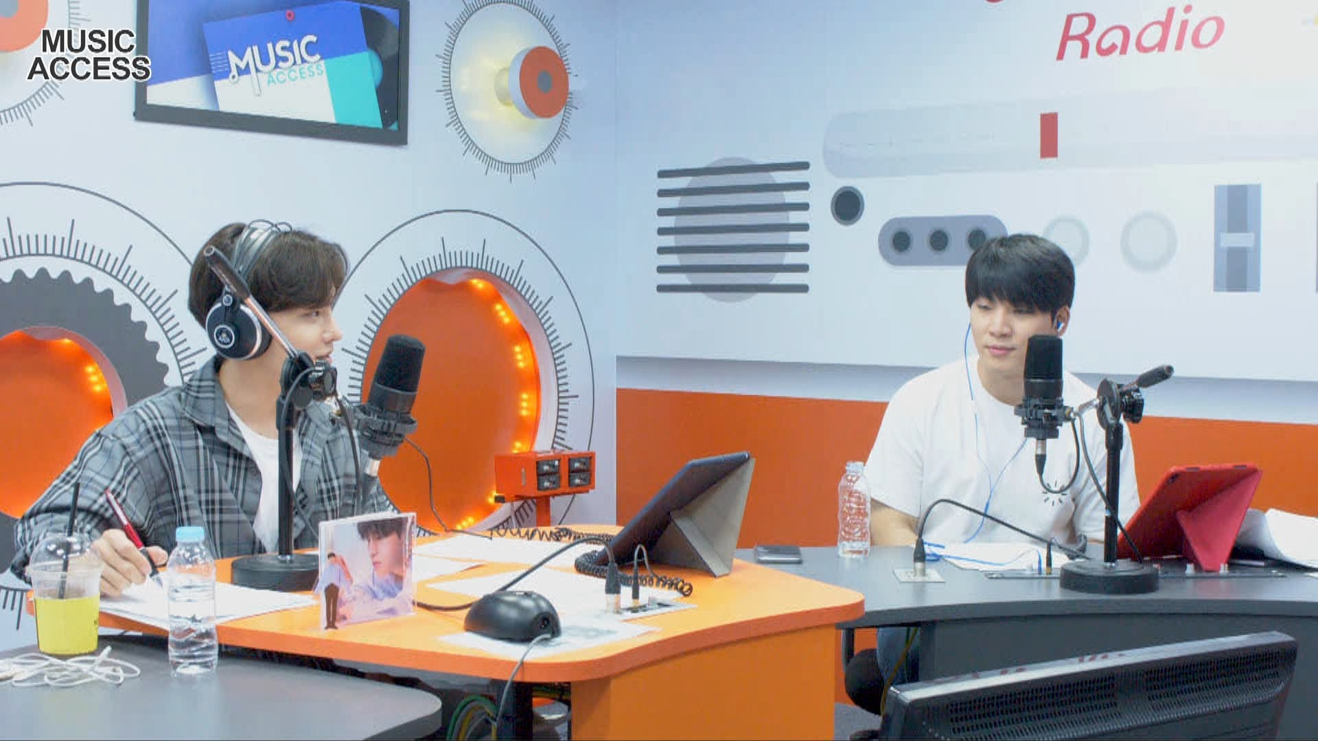 [Music Access] Lee MinHyuk (이민혁)'s Full Episode on Arirang Radio!