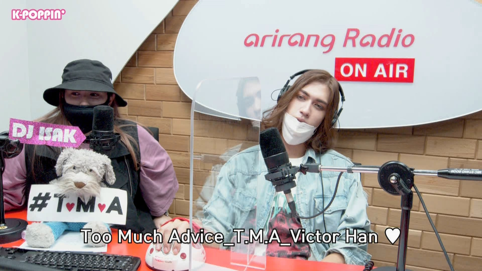 [K-Poppin'] Too Much Advice with Victor Han 빅터한 : She wanted him to pay extra attention