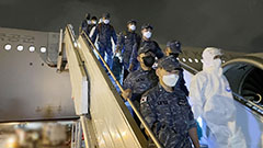 Aircraft carrying 301 Cheonghae Unit members returning to S. Korea