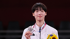 S. Korean taekwondo wins more medals as Lee Da-bin and In Kyo-don pick up medals