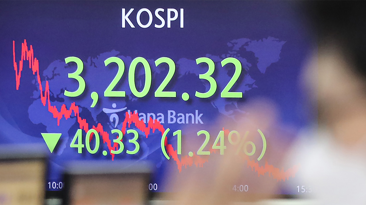Ahead of mega IPOs in coming days in S. Korea, controversy of overvaluation rises
