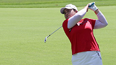 Reigning women's golf champ Park In-bee tied for 7th after first round