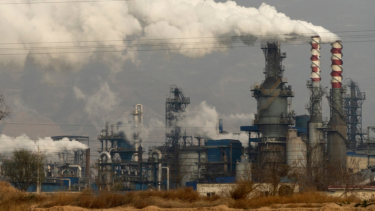 China's power cuts affecting factories and households