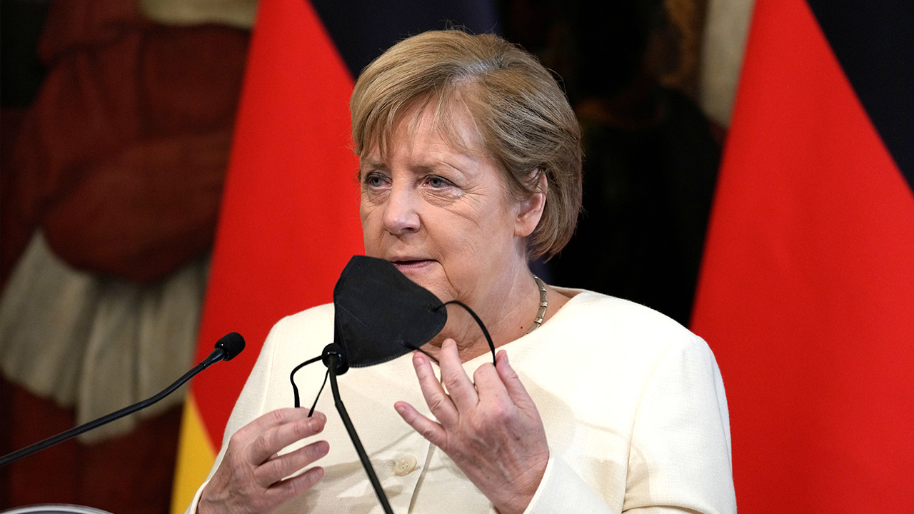 Merkel vows commitment to Israel's security, visits Holocaust memorial