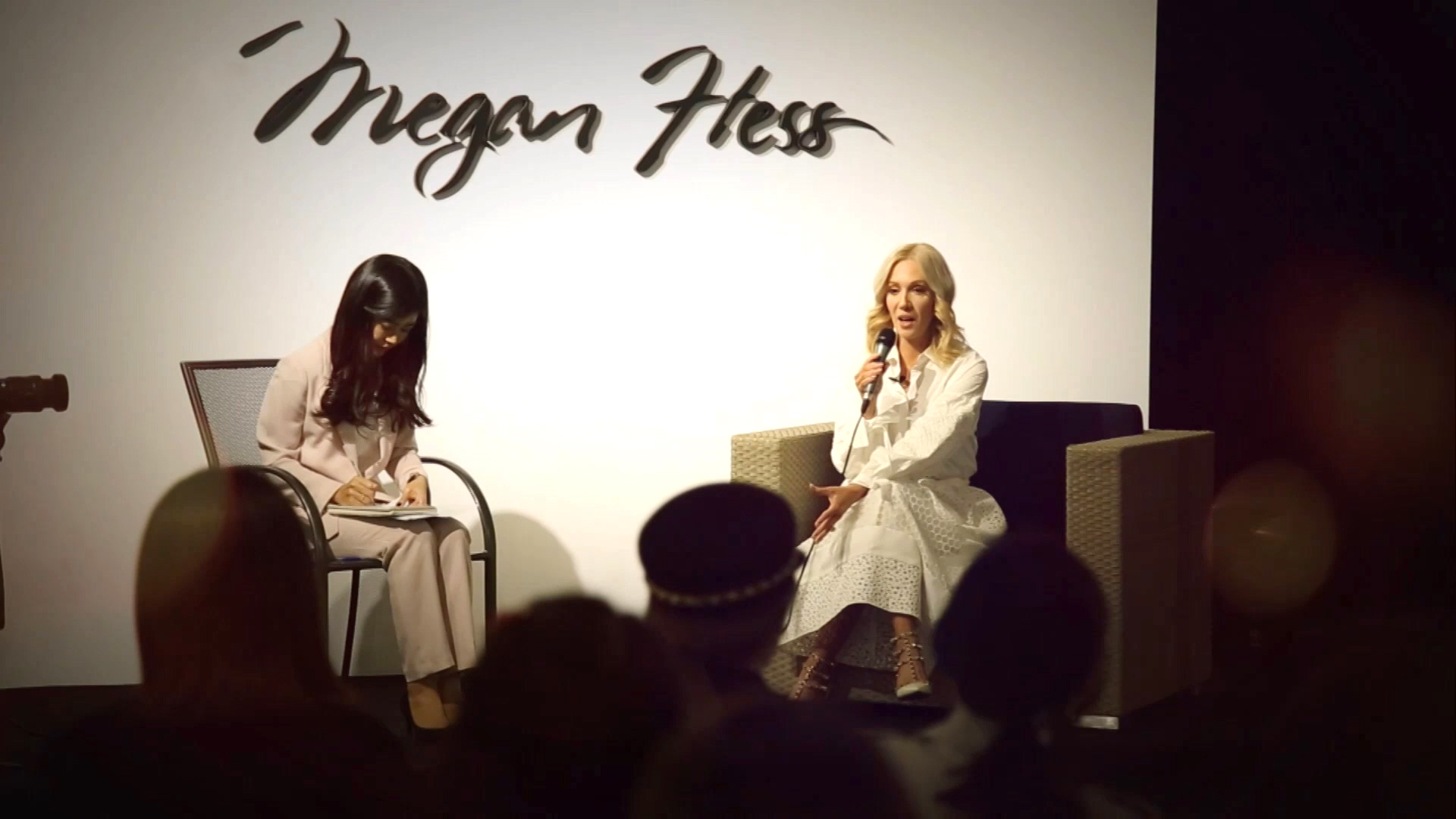 [The INNERview] The World-Renowned Fashion Illustrator Comes to Seoul [Fashio...